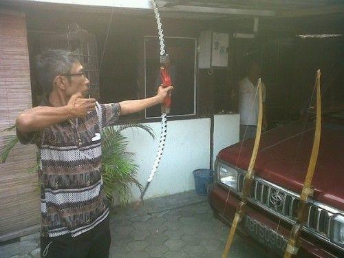 Awalnya Utak-Atik, Johan Mahir Buat Busur Jemparing - Kedaulatan Rakyat Online Yogyakarta