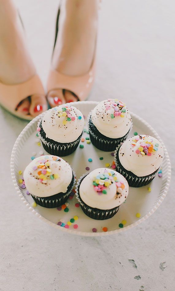 """""""Oh honey, put the cupcakes by my feet and take a picture. It'll be cute and so not weird!"""""""