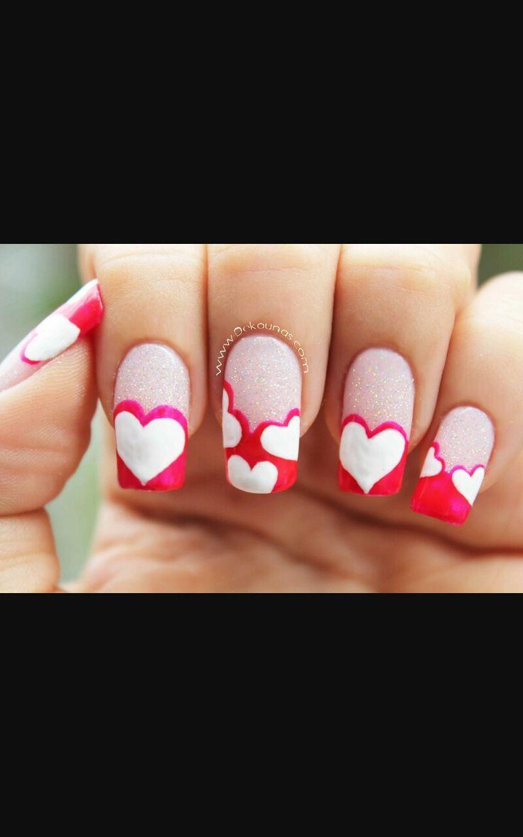 hermoso decorado de corazones para san valentin o día de los enamorados..