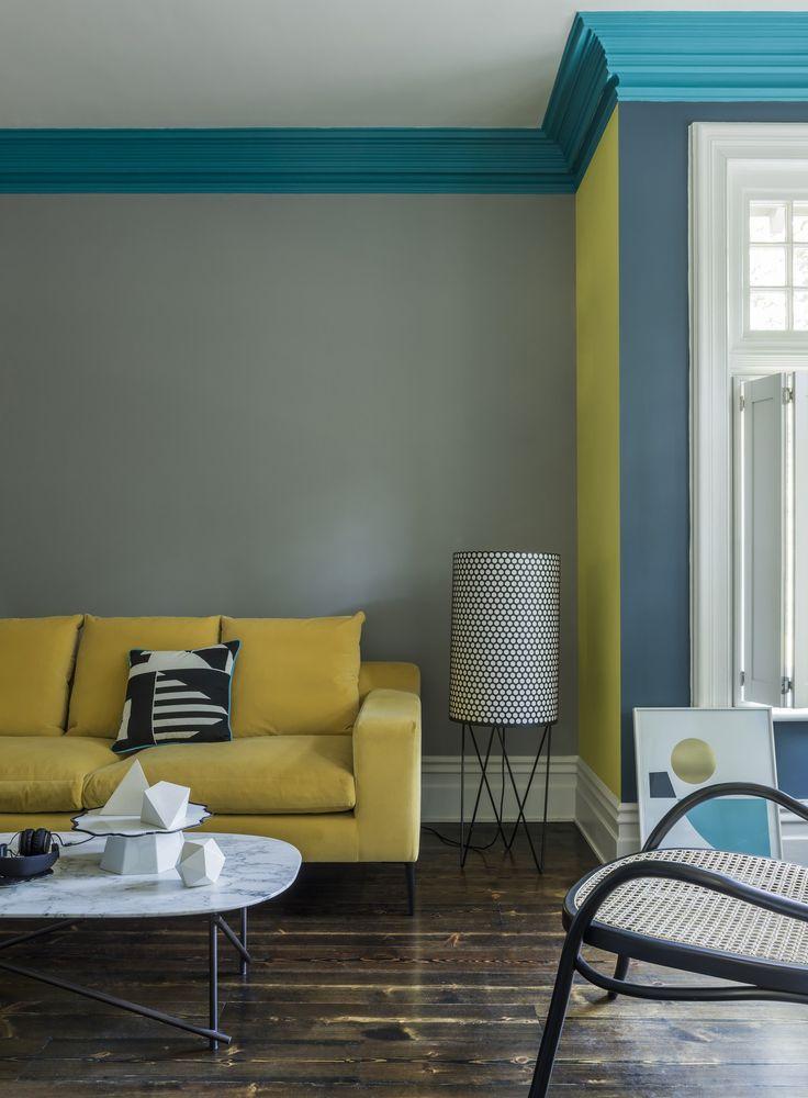 Scegli una palette colori composta da due o tre tonalità, e poi divertiti a mixarle sulle pareti di casa.