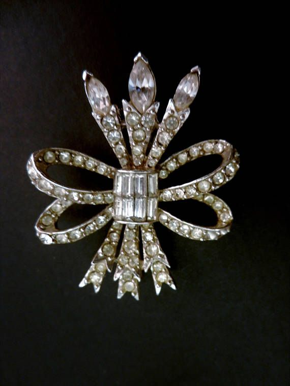 Fabulous PELL Signed Vintage Clear Diamante Rhinestone Brooch