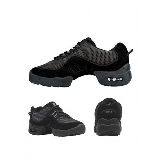 Bloch Boost DRT Kid's Sneakers  Boost DRT incorporates lightweight materials and a custom fit to provide support & optimum arch fit.The cushioned heel provides comfort while the spin spot and flexible split sole make this shoe articulate and supportive.Colour:Black Fit is true to size.The fit depends on the thickness of socks.If you wear thick sport socks we recommend to order this style a ½ size up to your regular shoe size.In respect of our BLOCH products this is a guideline only.Price…
