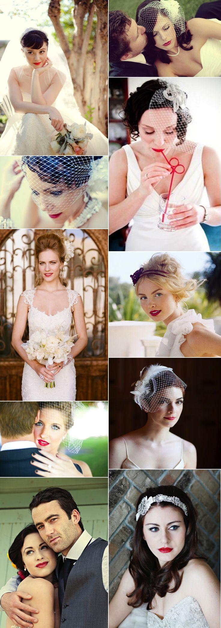 Diferentes estilos de novias y todas con labios rojos.                                                                                                                                                     Más