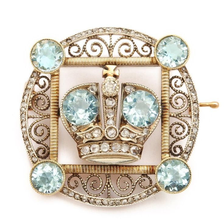 It's Fabergé Friday! Can you believe this ca. 1913 rose-cut diamond and aquamarine imperial presentation brooch was made to be given away by Dowager Empress Maria Feodorovna?!
