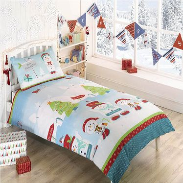 Snowman, North Pole Christmas Themed Single Bedding http://www.childrens-rooms.co.uk/snowman-north-pole-christmas-themed-single-bedding.html #snowmenbeddingset #xmasduvet #festivefun