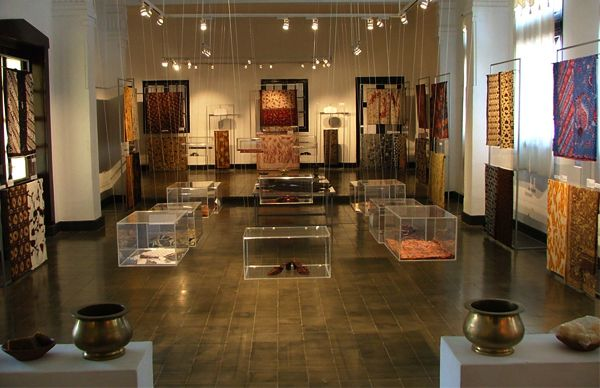 museum batik pekalongan, wanna go to there??