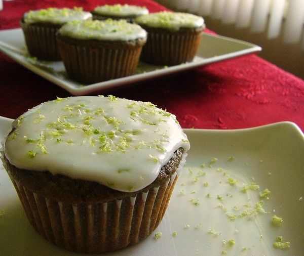 Raspberry Lime Cupcakes with Lime Icing | Raspberry Baking | Pinterest