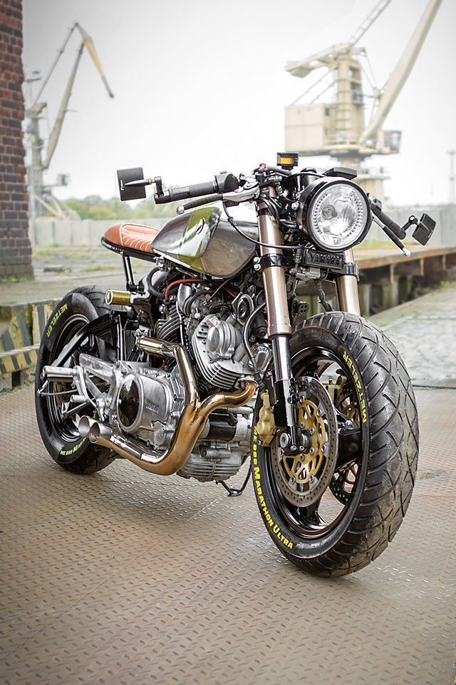 Pin On Cafe Racers Scramblers Trackers And Custom Motorcycles