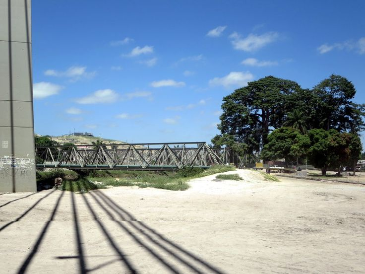 In 1905 a steel bridge designed by Gustave Eiffel was built over the Catumbela River between Lobito and Benguela, Angola. In 2009 a modern bridge opened alongside but the old bridge remains in service.