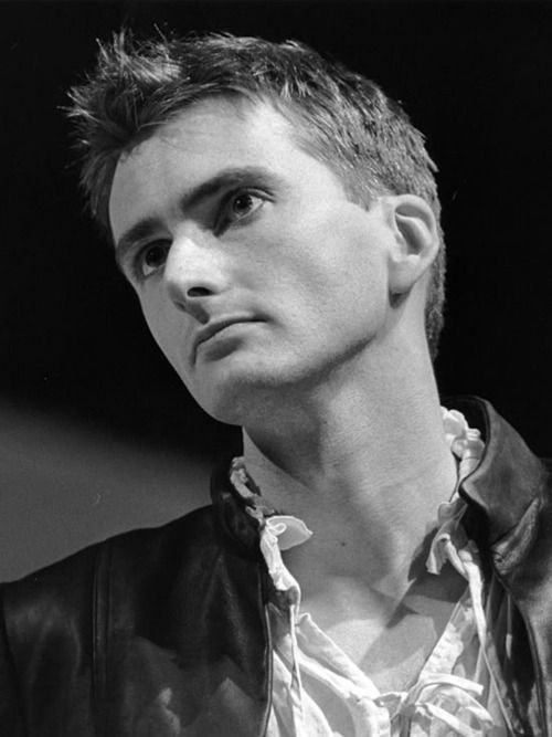 A young David Tennant playing Romeo on stage-Forsooth, I may have just melted nigh into a pool of butter onto yon floor