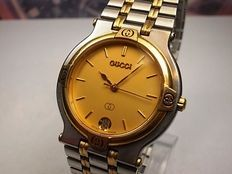 GUCCI   Model 9000M – Gent's wristwatch –  c.1980s