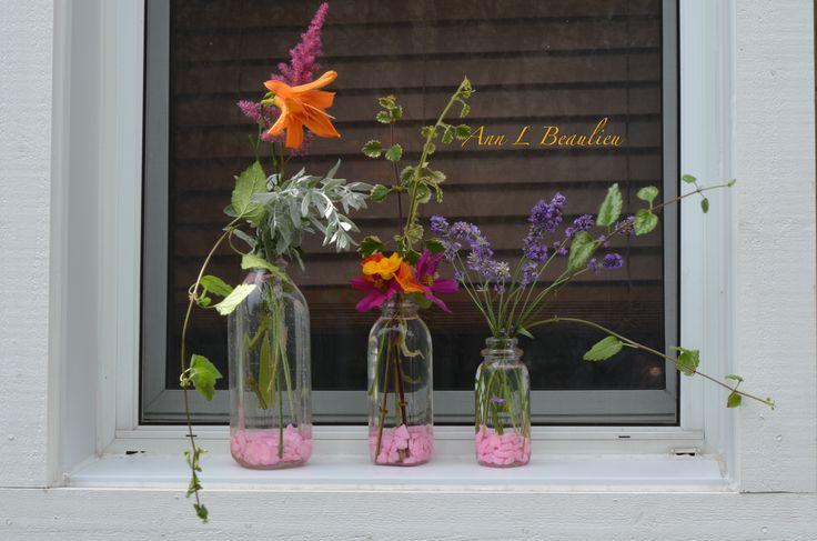 "Made myself an original ""window box"" with my garden flowers! Love the idea. Fresh flowers every day..."