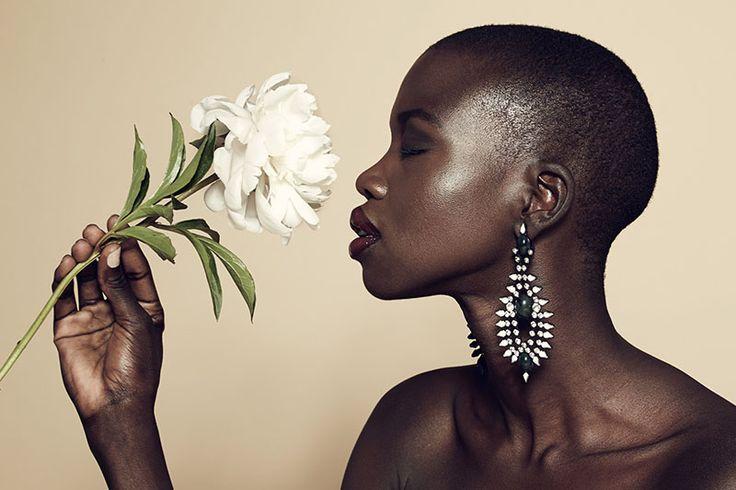 Nykhor Paul No Makeup | La modella Nykhor Paul contro i make-up artist Moda
