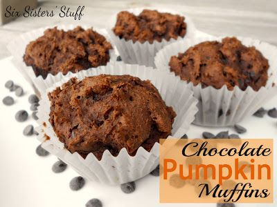 Chocolate Pumpkin Muffins- only requires 3 ingredients! SixSistersStuff.com #pumpkin #chocolate #muffins