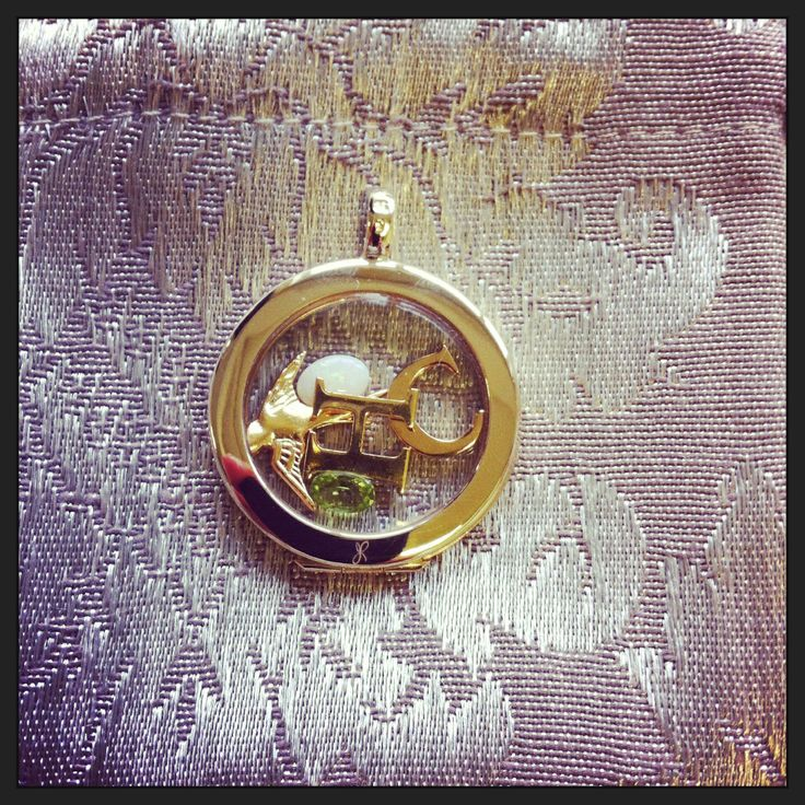 A beautiful #gold #treasurepod we sent out today, simply stunning #treasurepods.com