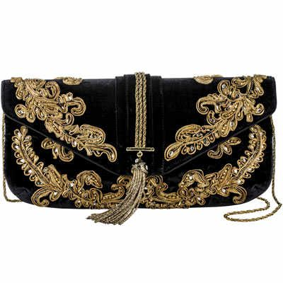 Yet another amazing clutch bag!