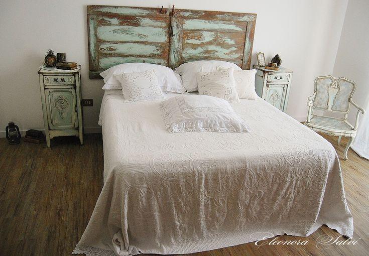 15 best Camera da letto comodini, armadio, stile shabby chic ...
