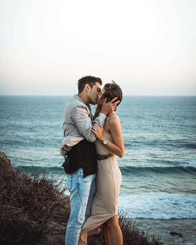 """Be ready for lots of photos! ☺️❤️"" engagement photos love couple Jess Bauer and Gabriel Conte"