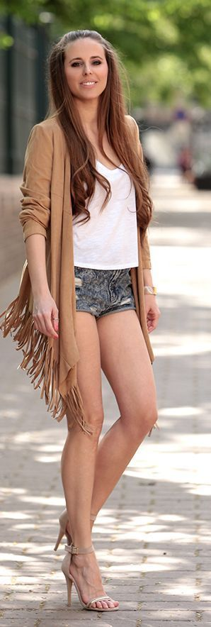 Nude Bohemian Poncho - Chic Street Outfits