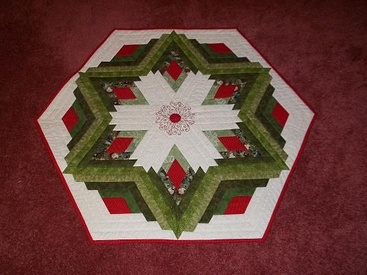 234 best Sewing: Christmas Tree Skirts images on Pinterest ... : christmas tree skirt quilt pattern - Adamdwight.com