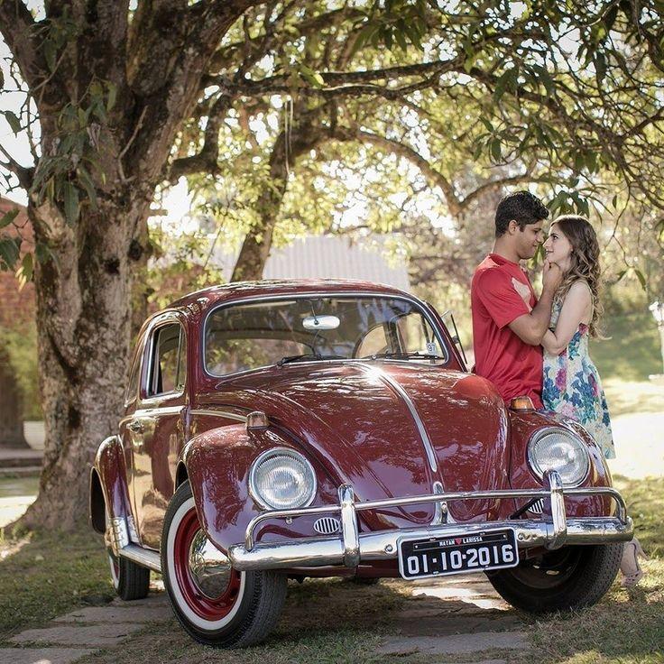 Feliz Dia dos Namorados car lovers! Volkswagen Fusca Foto: @rachelmarafotografia  #CarroEsporteClube #volkswagen #fusca #VWlovers #beetle #love #diadosnamorados #vwaircooled #carrosantigos #classiccars #auto #brasil #cargramm #carporn #carro #carros #cars #carsofinstagram #driver #horsepower #instacarros #instacars #instalike #VWfusca #meuvw #racer #speed #voiture #dasauto