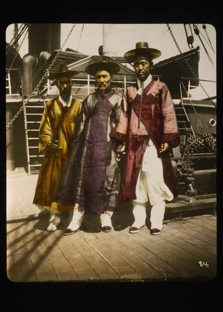 The traditional Korean hats, somewhere between a Zorro hat and a pilgrim hat, were popular during the Joseon Dynasty, primarily to protect against the sun, but also to symbolise the wearer's place in the hierarchy system.