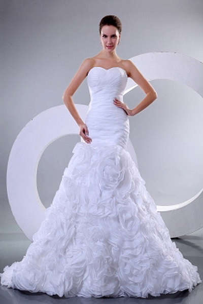 Organza Classic Sweetheart Bridal Dresses wr0748 - http://www.weddingrobe.co.uk/organza-classic-sweetheart-bridal-dresses-wr0748.html - NECKLINE: Sweetheart. FABRIC: Organza. SLEEVE: Sleeveless. COLOR: White. SILHOUETTE: Trumpet/Mermaid. - 158.59