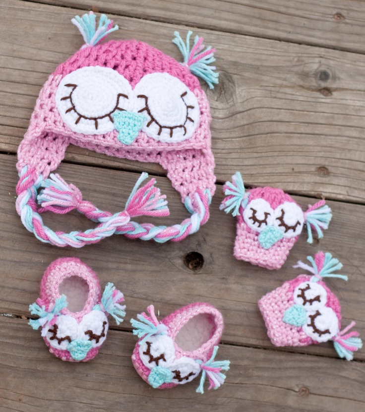 @JaneHuss Newborn Owl Hat Combo with Mittens and Slippers.Perfect for little Emerson!! Etsy.
