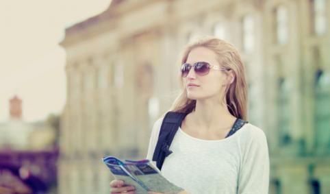 Os 10 melhores países para mulheres que querem viajar sozinhas