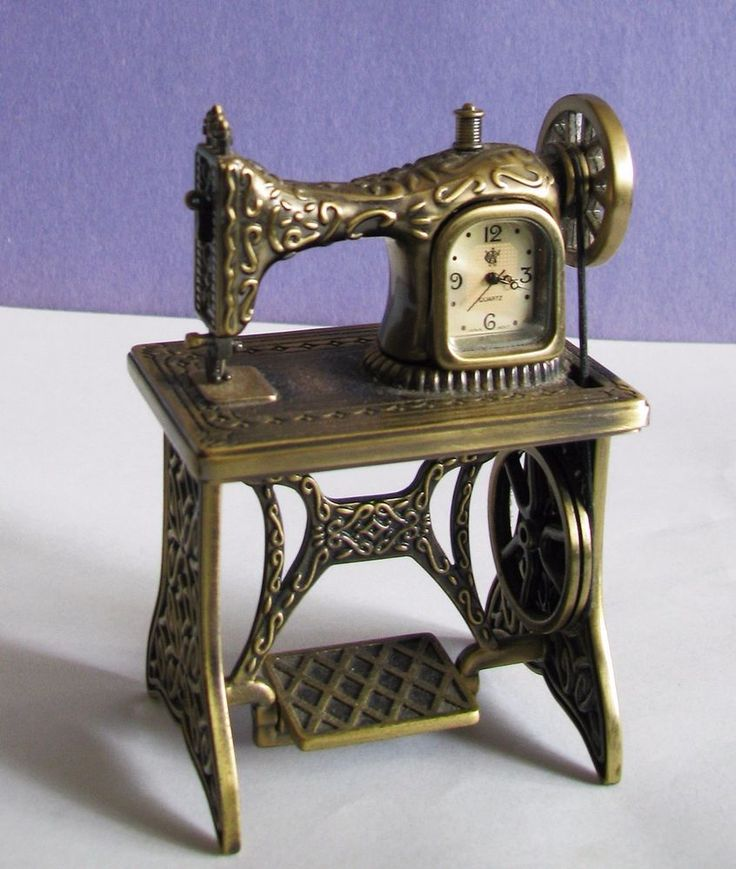 Vintage W C Collectible Old Fashioned Sewing Machine Mini Clock  WORKS EUC! #WC #VINTAGESEWINGMACHINEwCLOCK