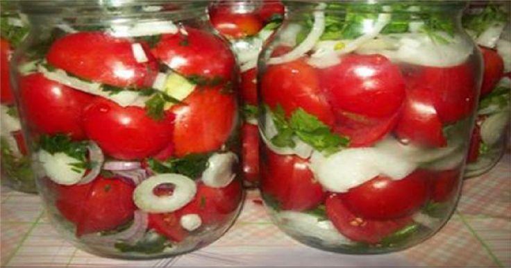 Vă prezentăm o rețetă delicioasă de roșii conservate cu ceapă și ulei, care cu…