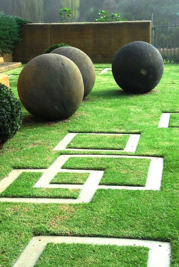 Необычная планировка сада