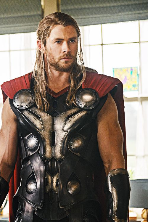 "Thor (Chris Hemsworth) in the ""Avengers: Age of Ultron"" trailer"