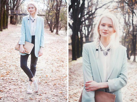 Mint blazer <3 More mint sherbet fashion inspiration: http://famecherry.com/fashionista-now/fashionista-now-mint-sherbet-fashion-inspiration/