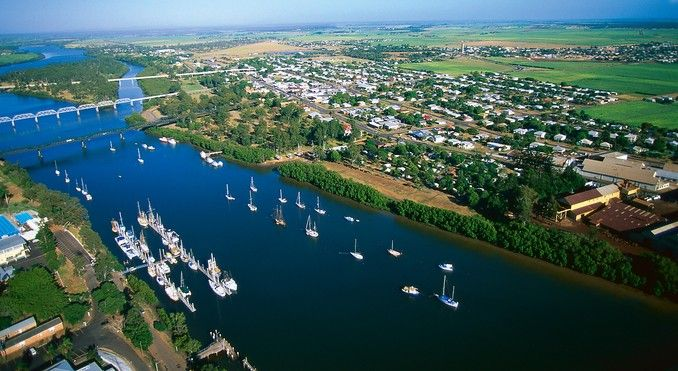 My home town Bundaberg, Queensland. Very pretty city..http://pinterest.com/pin/3096293464340455/repin/