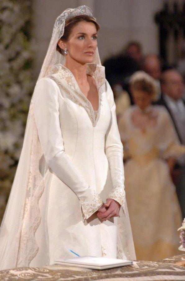 resultado de imagen de letizia ortiz ugly | vestidos de novia