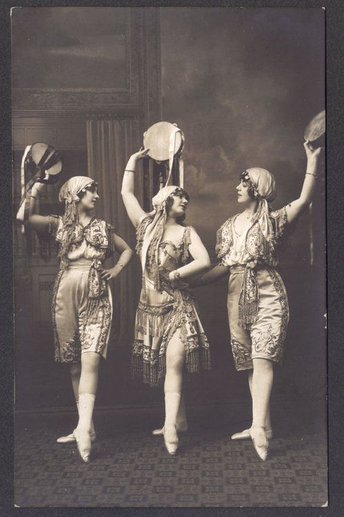 1000+ images about Vintage circus and ballet. on Pinterest ...