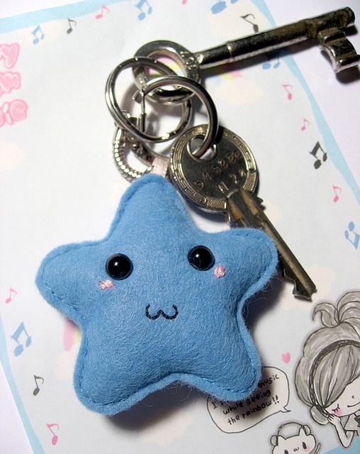 kawaii felt star keychain
