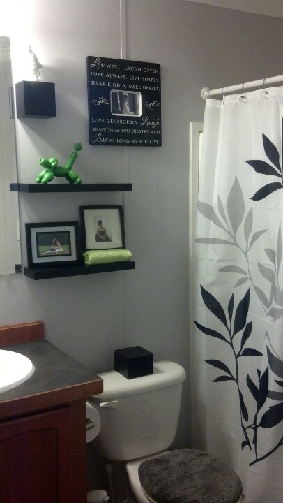 Small Bathroom Make Over Cute Gray Bathroom House