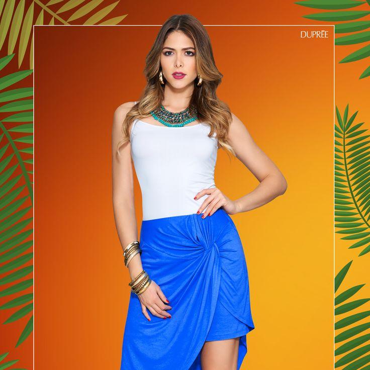 Faldas con diseños novedosos. Azul rey y blanco combinan perfecto. Outfit de moda