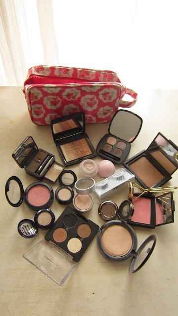 All Things Beautiful: Whats in my travel makeup bag - Bali edition