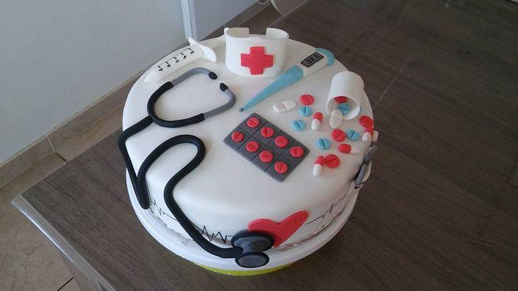 Infirmière Cake