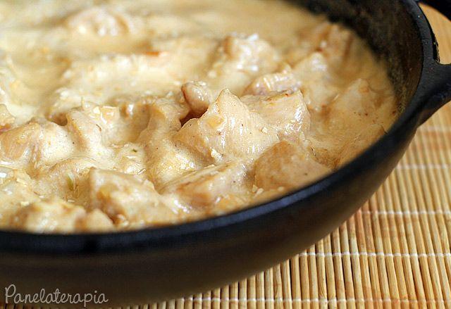 PANELATERAPIA - Blog de Culinária, Gastronomia e Receitas: Frango ao Creme de Cebola