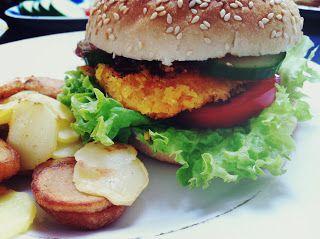 Erstat din bøf af oksekød med en linsebøf og du har en klassisk velsmagende vegetarburger. Linser kommer fra en urt af ærteblomstfamilie...