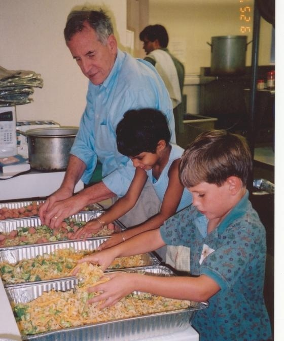 Thanksgiving: volunteer at a soup kitchen