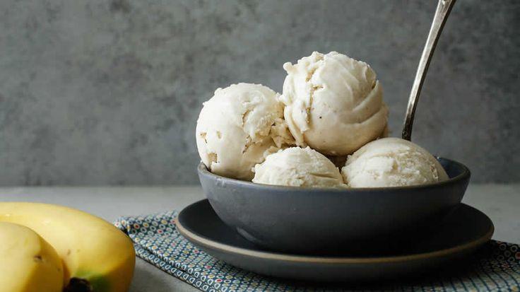 Glace à la banane et vanille sans sucre avec thermomix. Voici une recette de glace à la banane et vanille sans sucre, simple à préparer au thermomix.