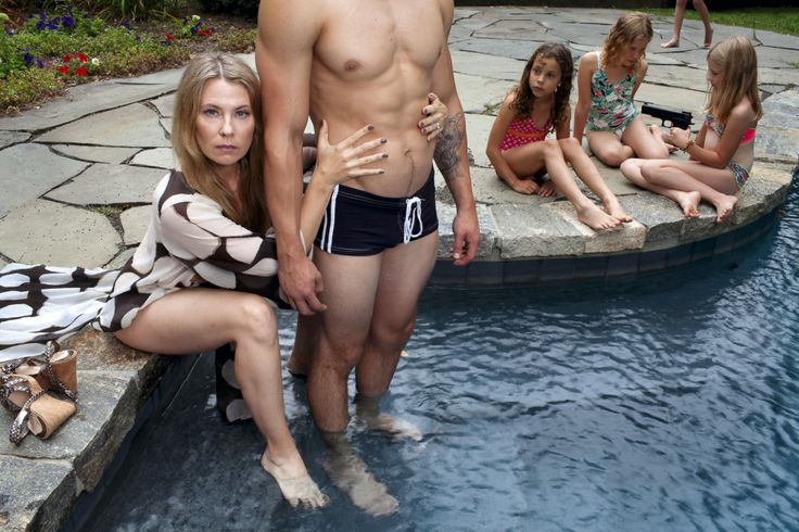 A mom has been capturing her darkest fantasies in these twisted family portraits. - I love it!!!
