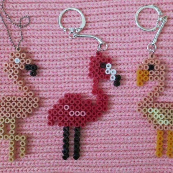 Flamant rose en perles hama