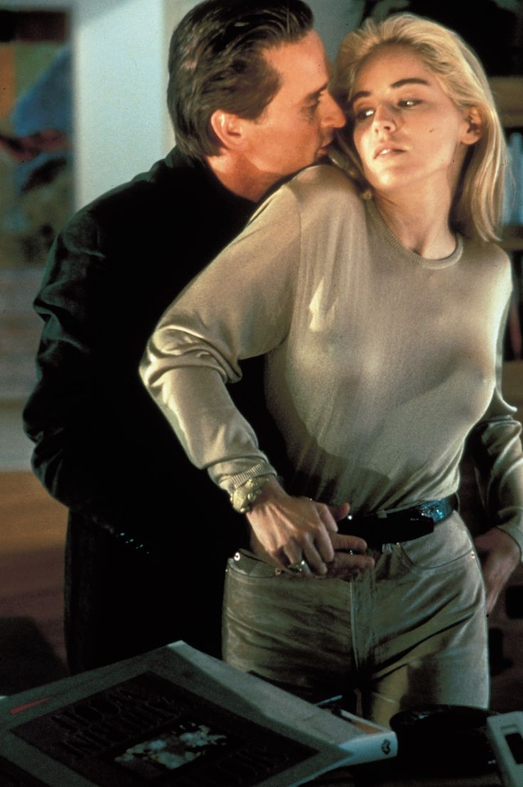 While appearing on Inside the Actors Studio, Sharon Stone claimed that she had no idea that Paul Verhoeven was filming up her dress during the interrogation scene. Description from johnrieber.com. I searched for this on bing.com/images