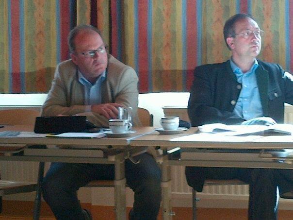 Herbert Wandl u. Alois Schauer aufmerksam beim Gemdat Beirat an der HLUW Yspertal